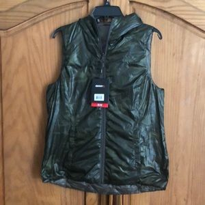 Puffy Vest with hoodie reversible